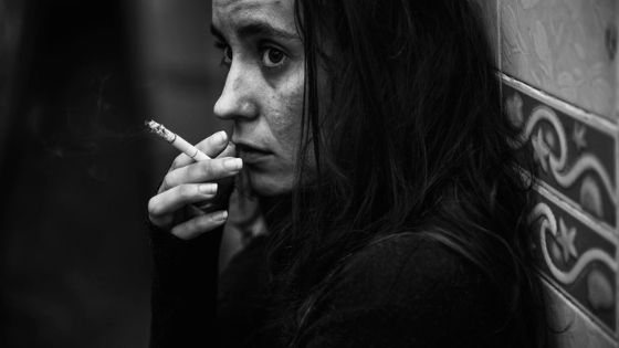 alcoholic woman smoking