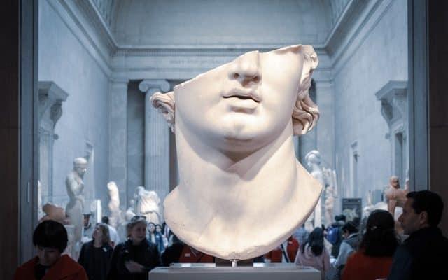 greek statue distorted