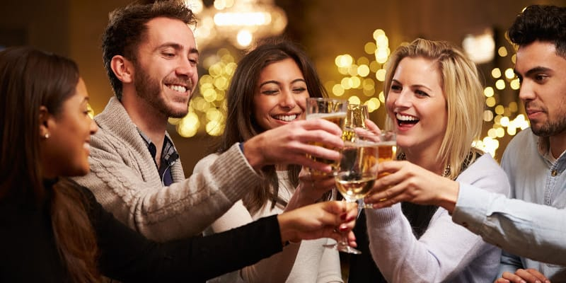 How To Stay Sober Around Relatives And Coworkers Who Drink